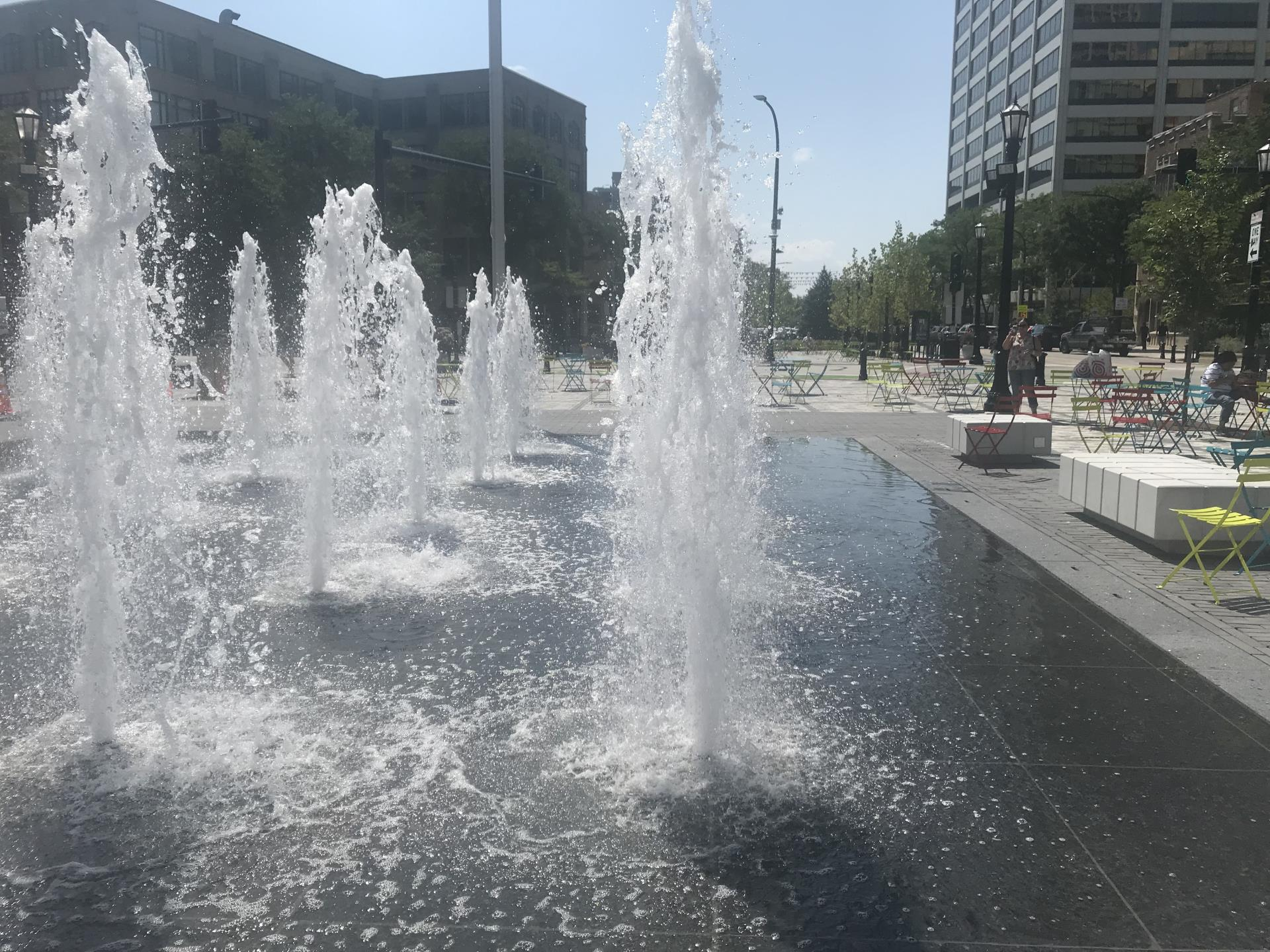 Fountain_Square_8-22-18_3491