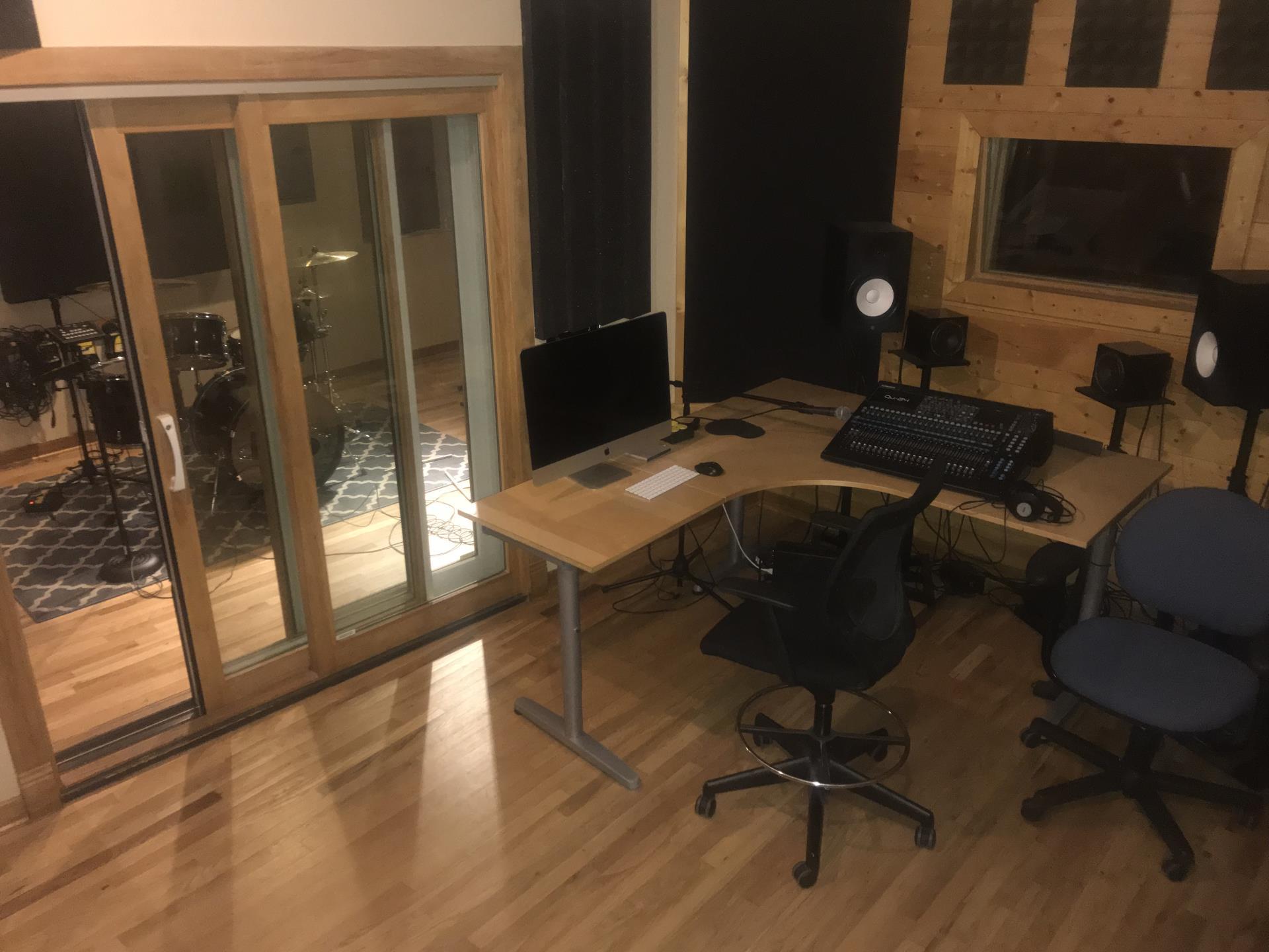 IMG_1897 studio